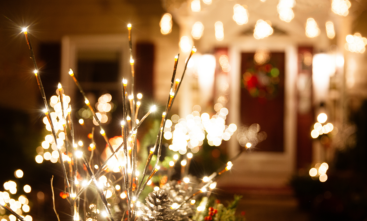 5 Tips for Holiday Light Safety